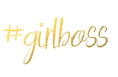 Girlboss-Wallpaper-April-music-me.de_-730x480